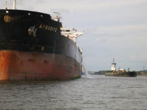 New Crude Oil Shipments on the Hudson – via Tanker, Barge & Train