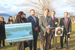 Officials Call for Barge Plan in Hudson to be Scrapped
