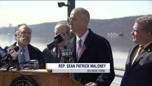 Lawmakers, environmentalists seek to halt Hudson River barge plan